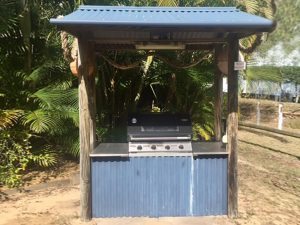Short Term Family Holiday Accomodation Fraser Island Happy Valley BBQ Area